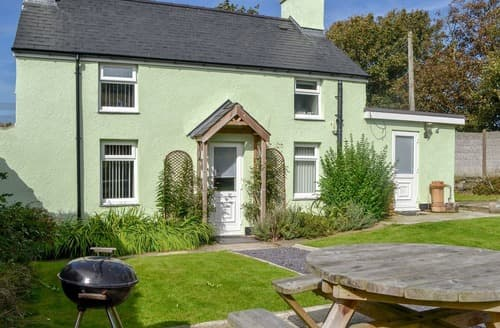 Last Minute Cottages - Penteryfn