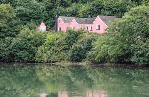 Last Minute Cottages - Woodlands Retreat