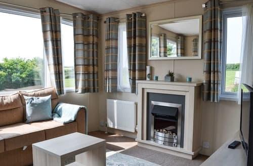 Last Minute Cottages - Porthdy Crey r Wen - Egret Lodge