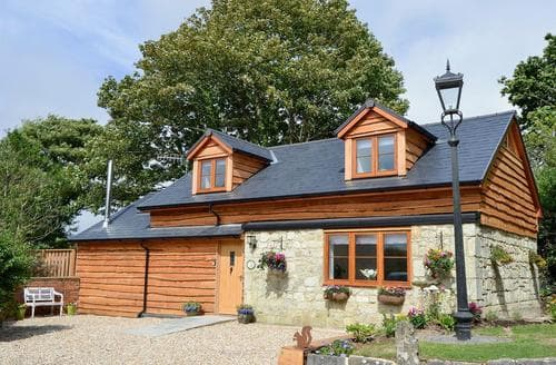 Last Minute Cottages - Red Squirrel Cottage
