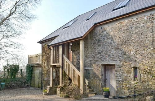 Last Minute Cottages - Southlake Barn