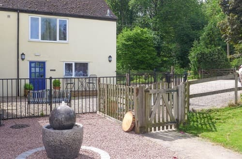 Last Minute Cottages - Forest Cottage - UKC3032