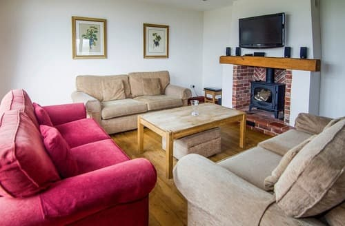 Last Minute Cottages - Kingfisher Barn