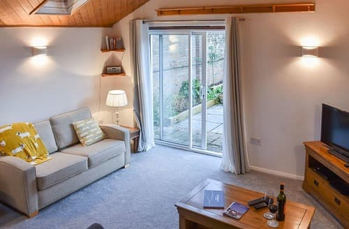 Last Minute Cottages - UKC4173 The Cottage by the Sea Annexe