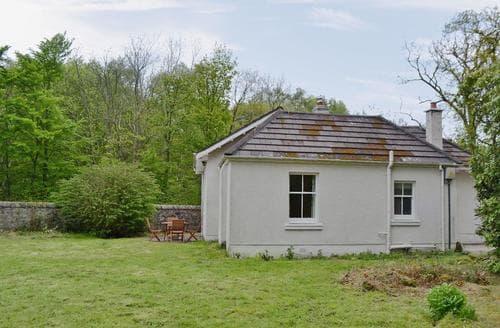 Last Minute Cottages - Fernwoodlea