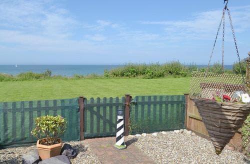 Last Minute Cottages - Ocean View