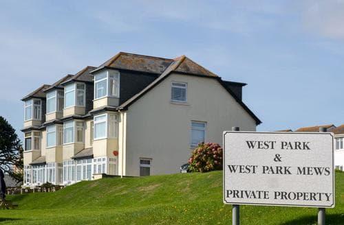 Last Minute Cottages - West Park