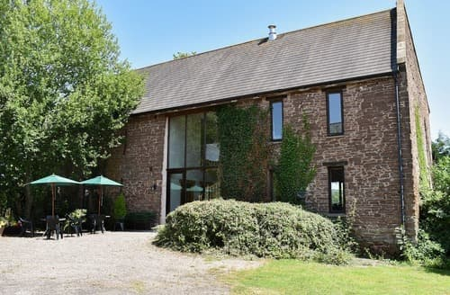 Last Minute Cottages - FOXCOTE NEW COURT FARM
