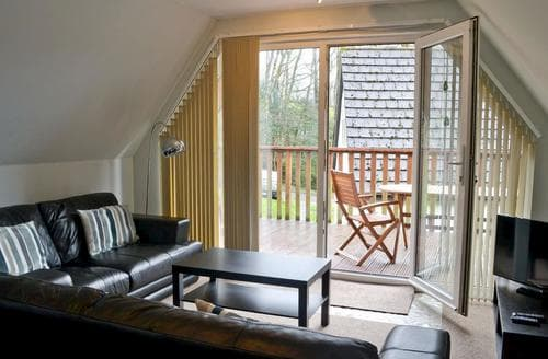 Last Minute Cottages - Valley Lodge