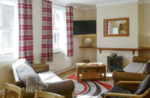 Last Minute Cottages - Skiddaw View