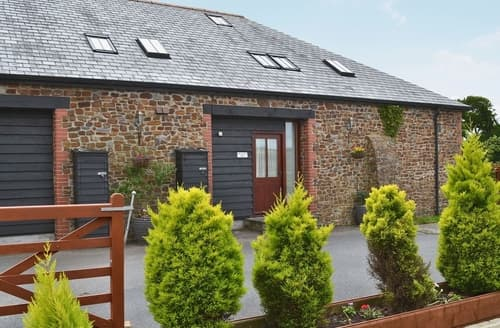 Last Minute Cottages - Swallows Nest
