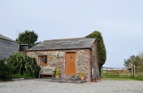 Last Minute Cottages - Nellys House