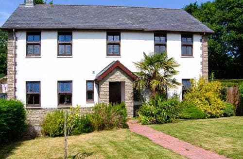 Last Minute Cottages - Dyffryn House
