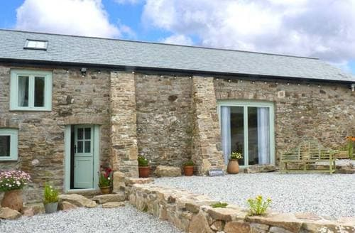Last Minute Cottages - Woodstone Barn