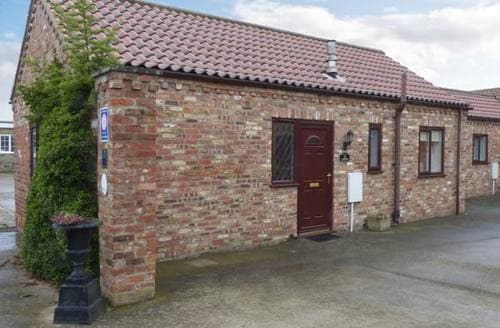 Last Minute Cottages - The Courtyard