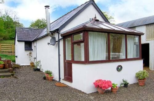 Last Minute Cottages - Gwynfryn Cottage