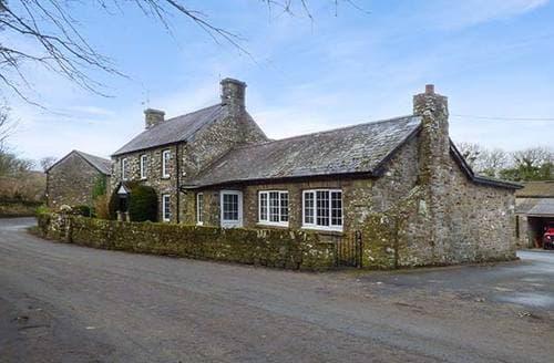 Last Minute Cottages - Stone Lodge
