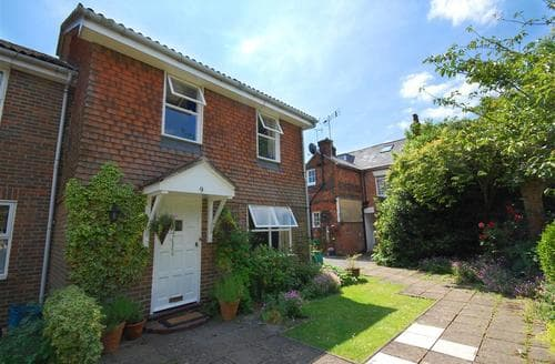 Last Minute Cottages - Tasteful Tenterden Rental S10340