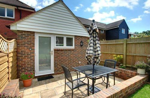 Last Minute Cottages - Exquisite Hawkhurst Rental S10387