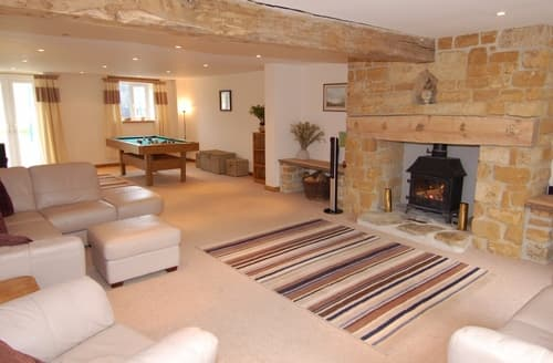 Last Minute Cottages - West Perry Hay