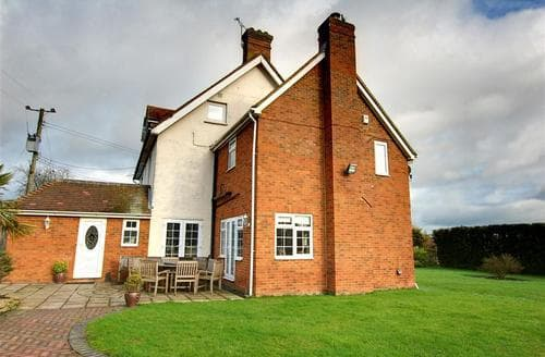 Last Minute Cottages - Wonderful Headcorn Rental S10394