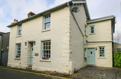 Last Minute Cottages - The Old Police Station