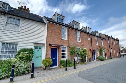 Last Minute Cottages - Stunning Tenterden Rental S10416