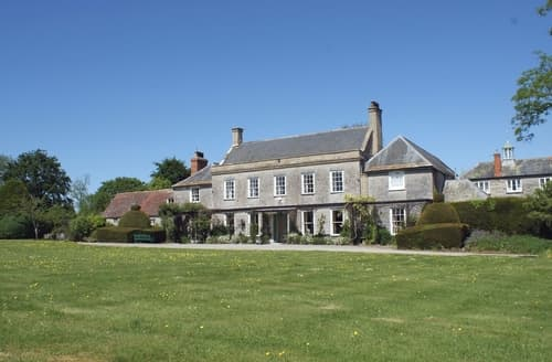 Last Minute Cottages - Wootton House