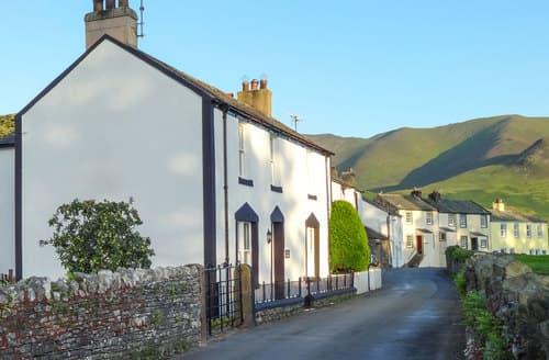 Last Minute Cottages - Dale House