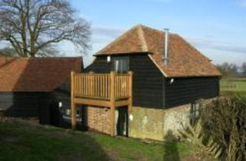 Last Minute Cottages - Mill House Granary