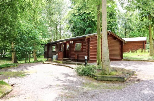 Last Minute Cottages - Lodge 8