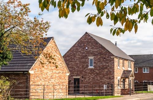 Last Minute Cottages - Farm View House