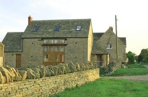 Last Minute Cottages - Harvest Barn