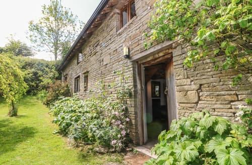 Last Minute Cottages - Llangain Farmhouse