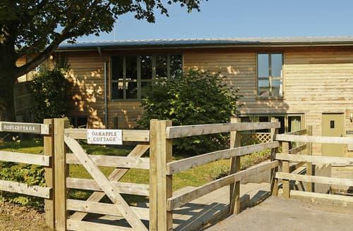 Last Minute Cottages - Oak Apple