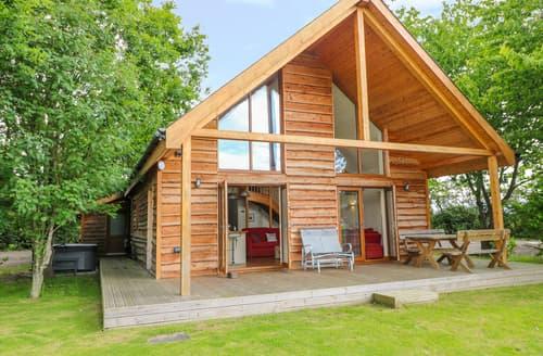Last Minute Cottages - Dorado Lodge