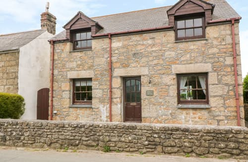 Last Minute Cottages - Mossley Cottage