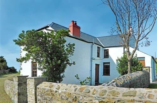 Last Minute Cottages - Panteurig Farmhouse