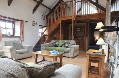 Last Minute Cottages - Ty Felin