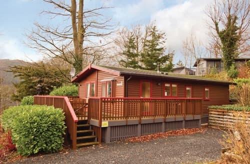 Last Minute Cottages - Woodland Lodge Plus