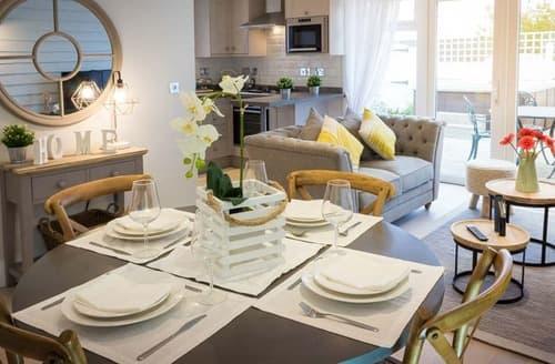 Last Minute Cottages - Premium Cottage 6 Sofa Bed