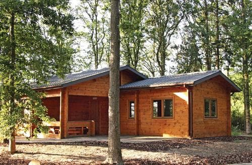 Last Minute Cottages - Woodland Willow Lodge