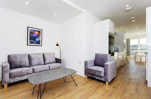 Last Minute Cottages - Clapham Penthouse