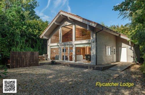 Last Minute Cottages - Flycatchers Lodge, Mill Meadow