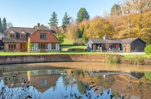 Last Minute Cottages - Woodland Park Farm
