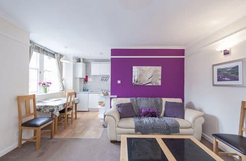 Last Minute Cottages - Lovely Edinburgh Apartment S240548
