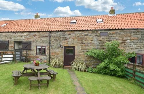 Last Minute Cottages - Tasteful Newholm Nr Whitby Rental S10824