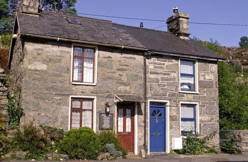 Last Minute Cottages - Luxury Blaenau Ffestiniog Rental S11183