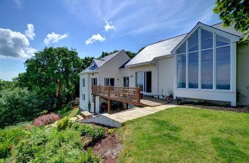 Last Minute Cottages - Luxury Pembroke Rental S11252