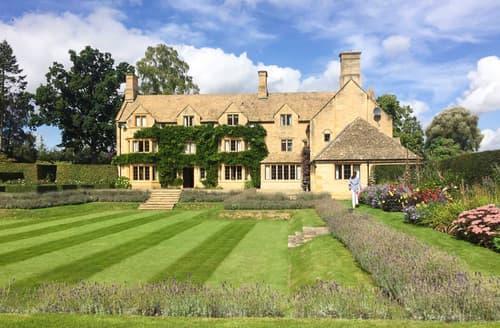 Last Minute Cottages - Moreton Manor